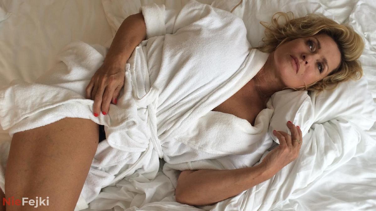 Ewa Kasprzyk wstawiła zdjęcie z reżyserem na łóżku.