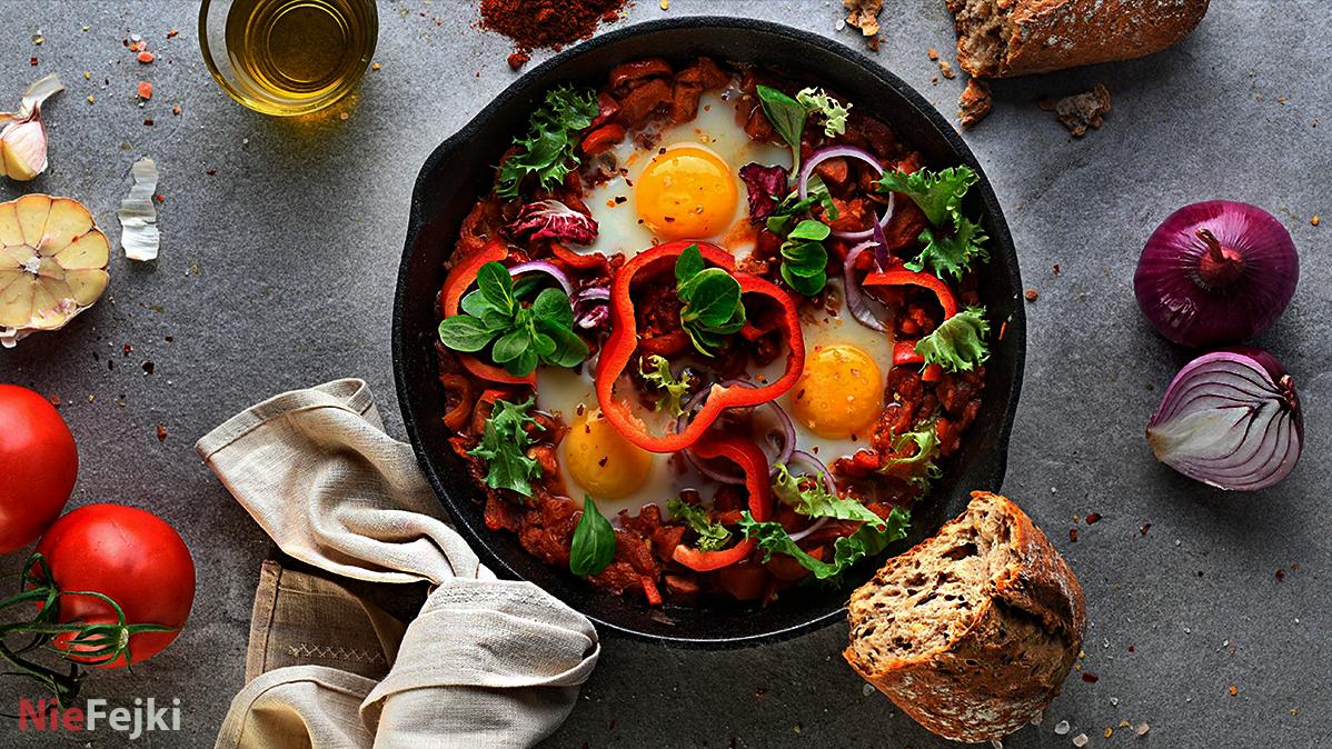 Shakshuka, czyli pyszne śniadanie w klimacie Bliskiego Wschodu
