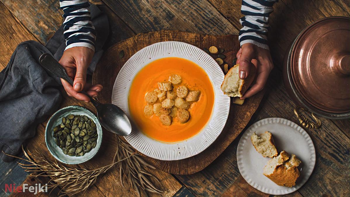 Zupa kolagenowa – po co jeść i jak przygotować?